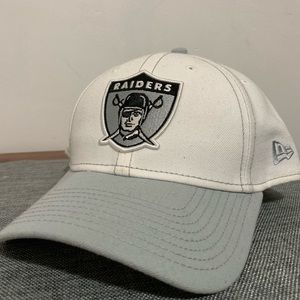 Other - Raiders hat 🧢